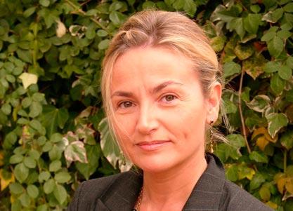 Yolanda Arestegui interpreta a BETTE DAVIS
